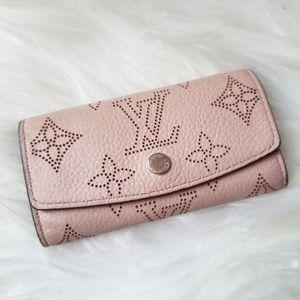 Louis Vuitton Pink Mahina 4 Key Case Holder